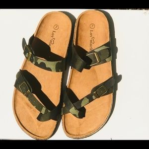 NEW Double Buckle Army Camo Strap Slides Size 7